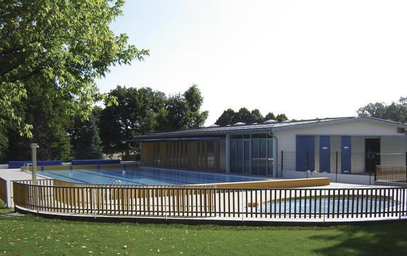 la piscine d 39 herbault agglopolys communaut d 39 agglom ration de blois. Black Bedroom Furniture Sets. Home Design Ideas
